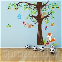 Samolepka na stenu - Veverice a líška